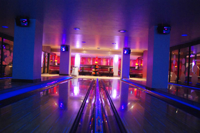 Lava Lanes – Bowling Alley