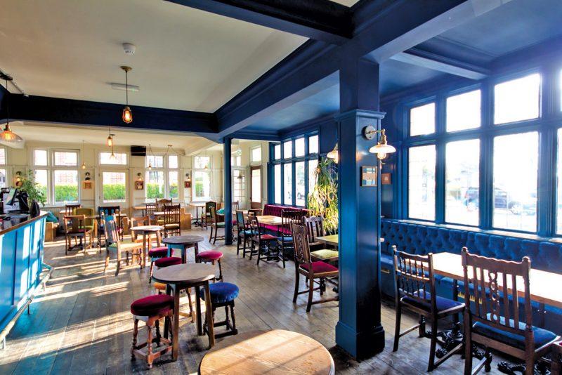 Cow & Oak – Pub